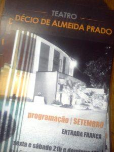 Panfleto de divulgação da programação de setembro no Teatro Décio de Almeida Prado l Frente