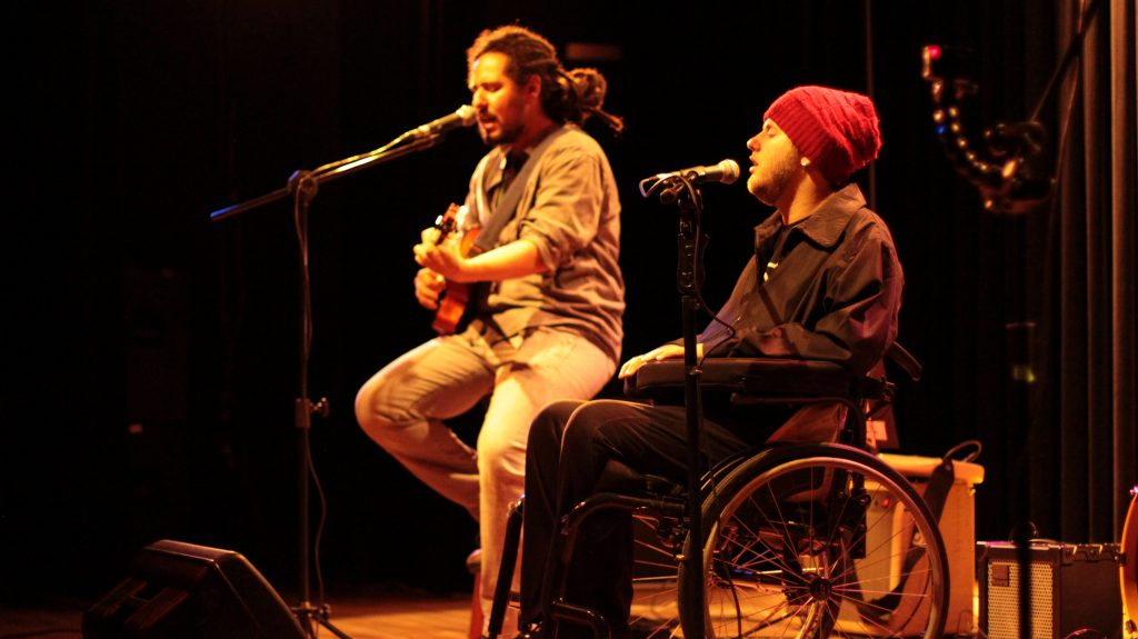 Dôdi e eu em show na Funarte SP (03.10.2015) l Foto: Priscila Cunha