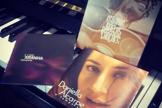 Presentes dos amigos Luis Aranha, Edu Sereno e Daniella Alcarpe =)